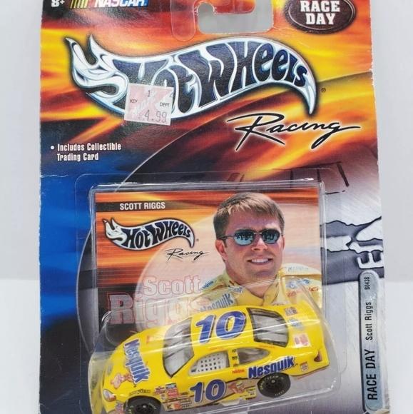 NASCAR Race Day Scott Riggs # 10 Nesquik 1: 64 sca
